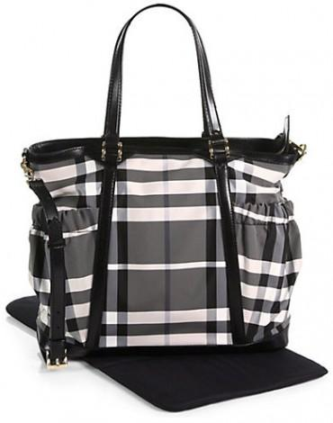 burberry diaper tote bag trendylog. Black Bedroom Furniture Sets. Home Design Ideas