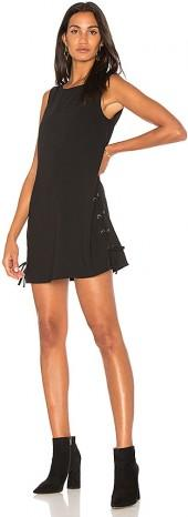 cupcakes and cashmere Timberly Dress in Black