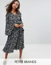 Yumi Petite Floral Midi Dress With Frill Sleeve