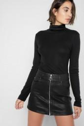 Zip Front Mini Skirt In Black