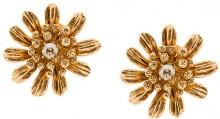 Oscar de la Renta gilded floral button earrings